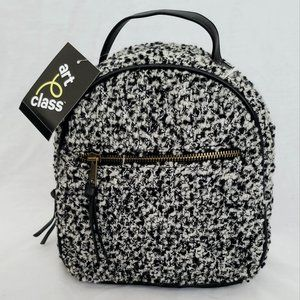 Art Class Girls Small Backpack Black & White-NWT!
